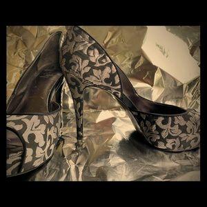 Black & Silver, 3inch platform, peep toe, pumps